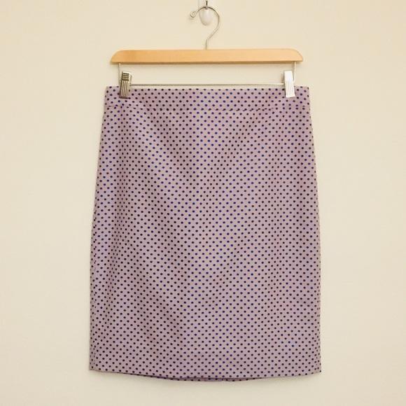J. Crew Dresses & Skirts - J. Crew pencil skirt. Size 6